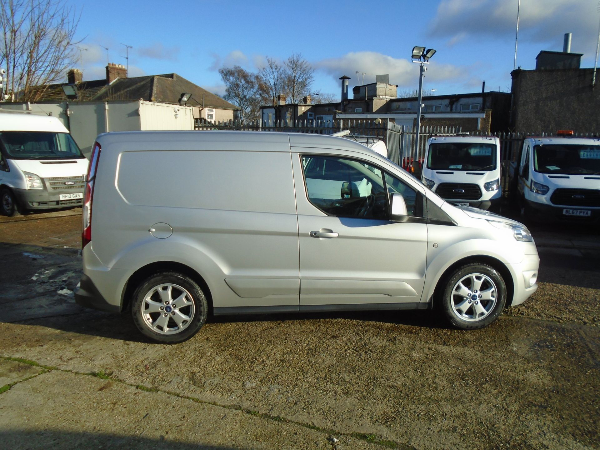 2017 Ford Transit Connect 1.5 Tdci 120Ps Limited Van EURO 6 (FP67JHK) Image 8