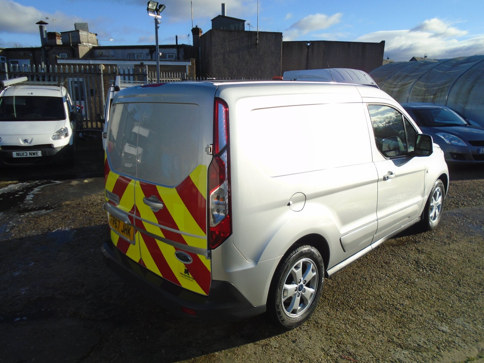 2017 Ford Transit Connect 1.5 Tdci 120Ps Limited Van EURO 6 (FP67JHK) Image 6