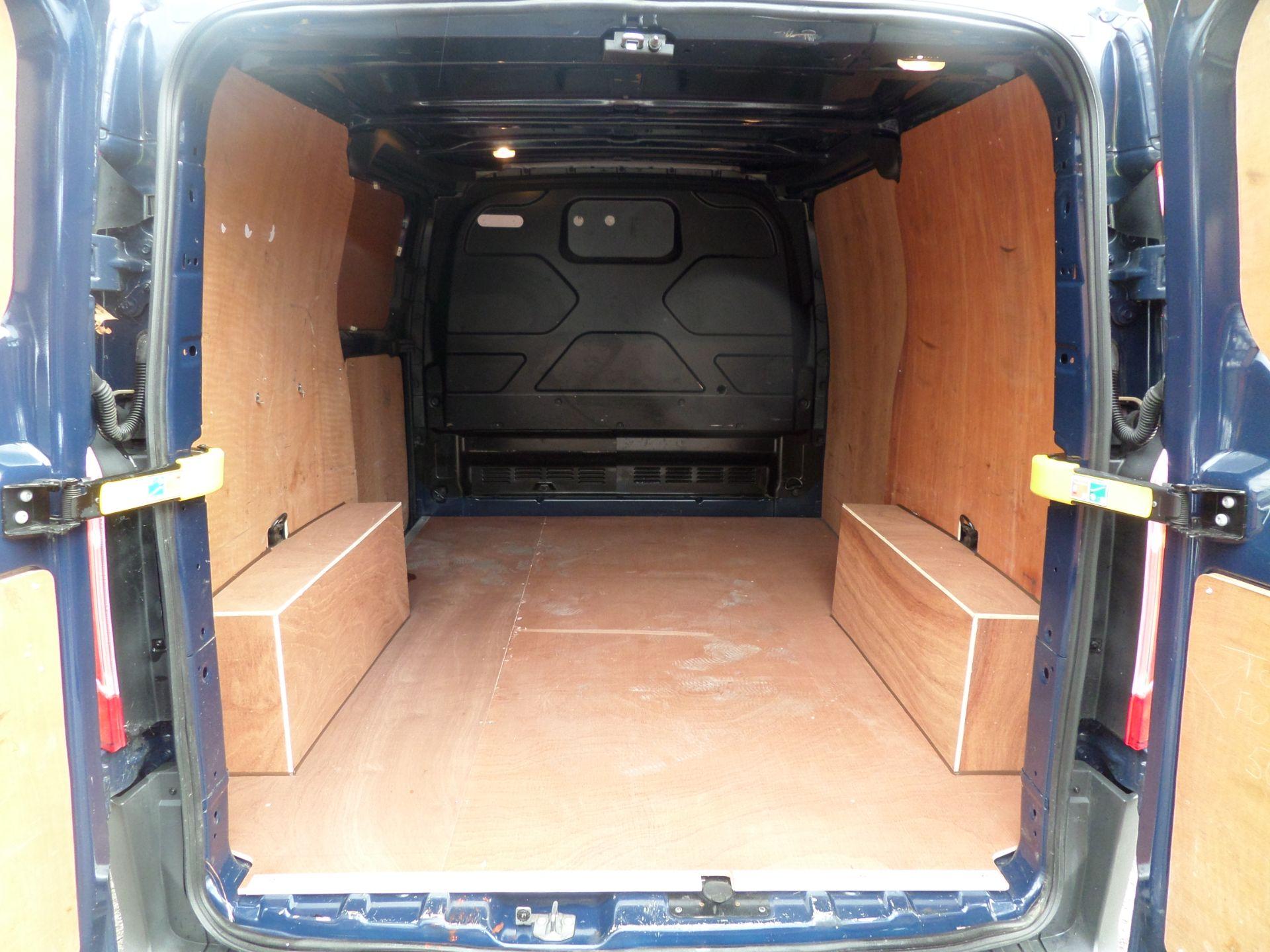 2018 Ford Transit Custom 2.0 Tdci 105Ps Low Roof Van Euro 6 (FP67JNF) Image 5