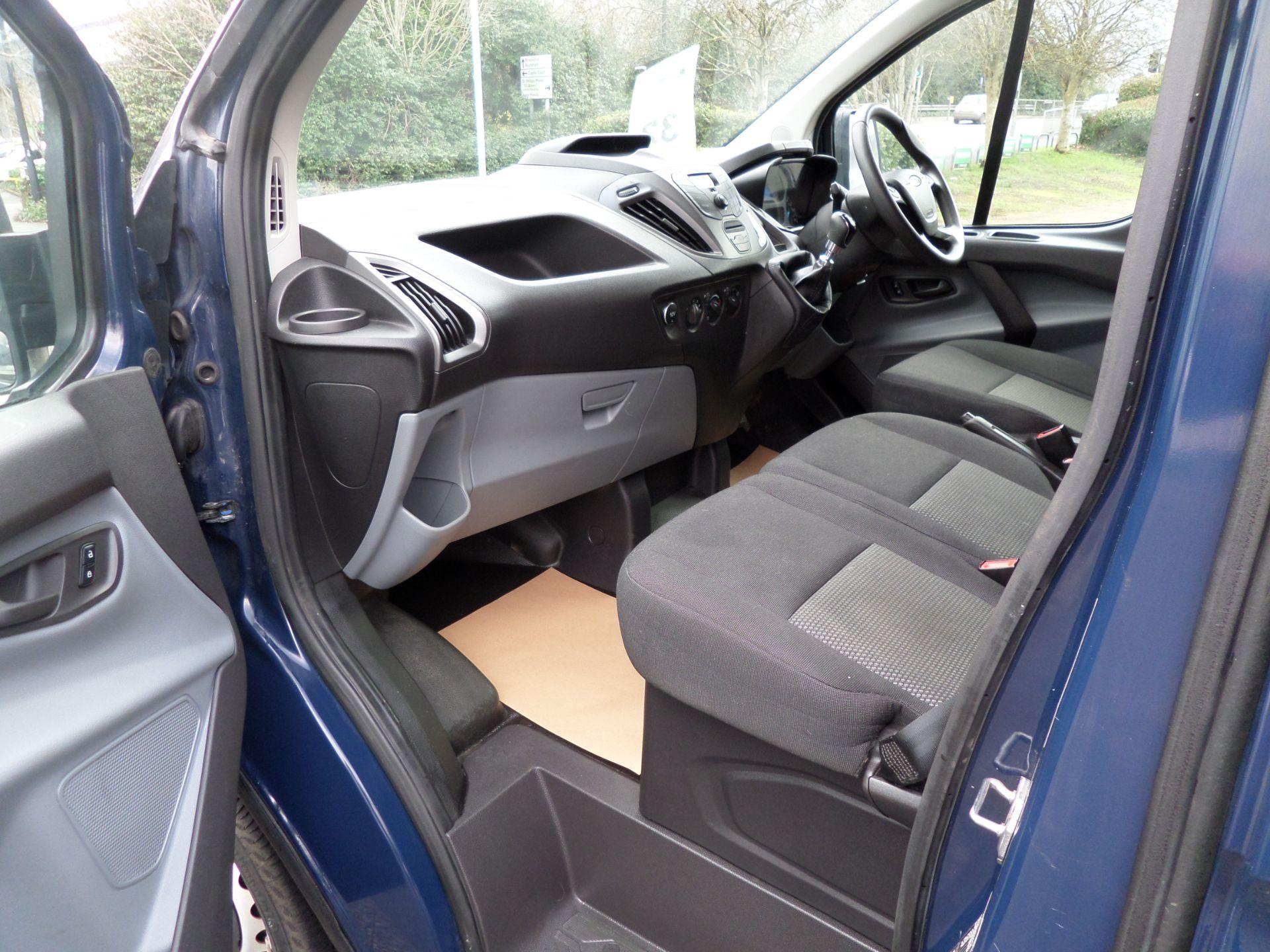 2018 Ford Transit Custom 2.0 Tdci 105Ps Low Roof Van Euro 6 (FP67JNF) Image 8