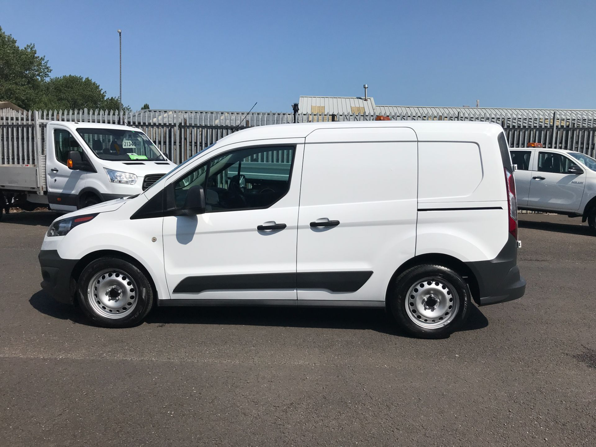 2017 Ford Transit Connect T220 L1 H1 1.5TDCi 75PS DOUBLE CAB EURO 6 (FP67JWW) Image 7