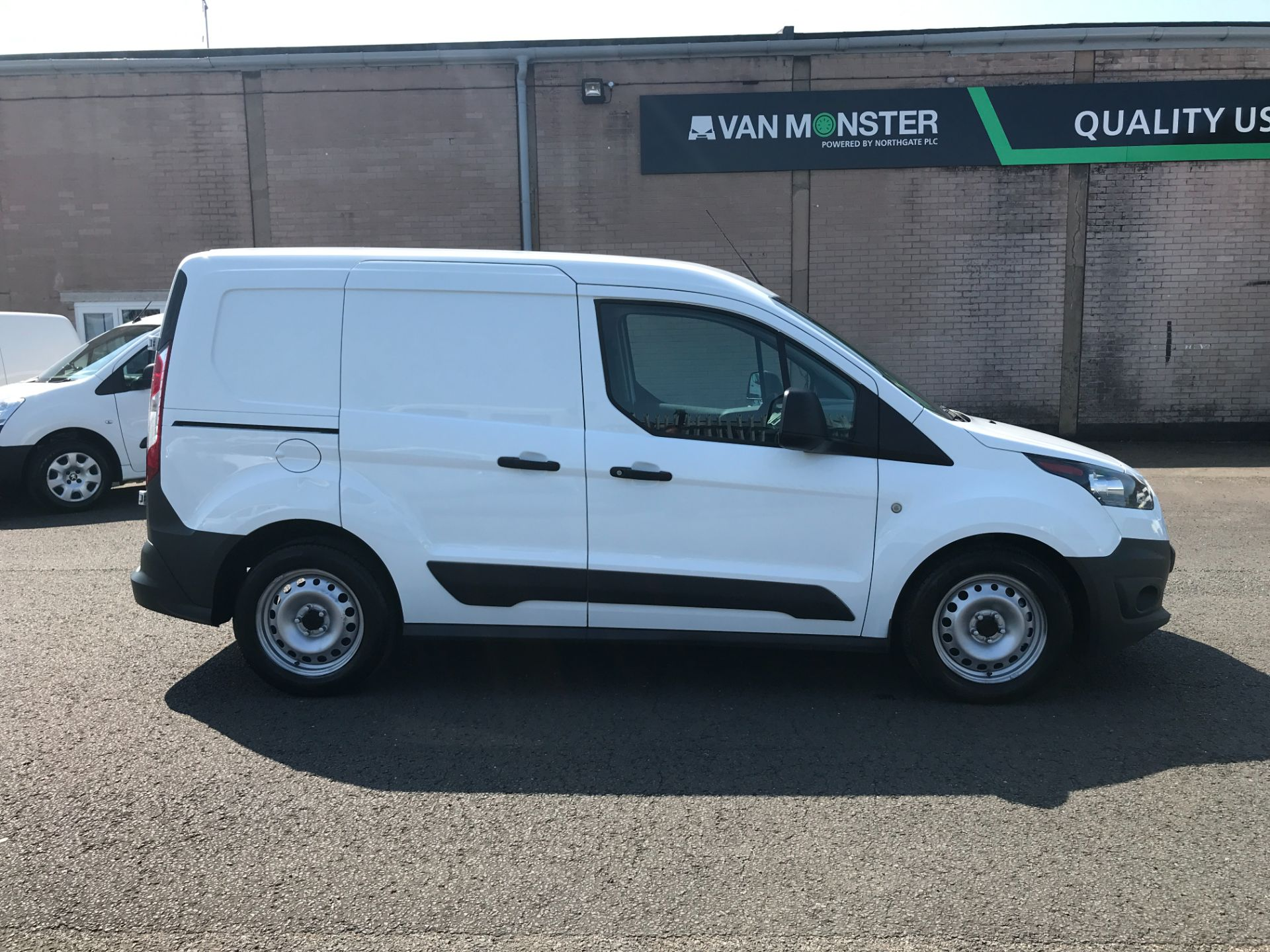 2017 Ford Transit Connect T220 L1 H1 1.5TDCi 75PS DOUBLE CAB EURO 6 (FP67JWW) Image 5