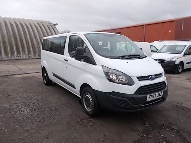 2017 Ford Transit Custom 2.0 Tdci 130Ps Low Roof Kombi Van (FP67JWZ)