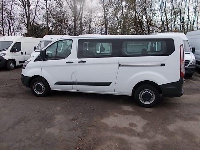 2017 Ford Transit Custom 2.0 Tdci 130Ps Low Roof Kombi Van (FP67JWZ) Image 12