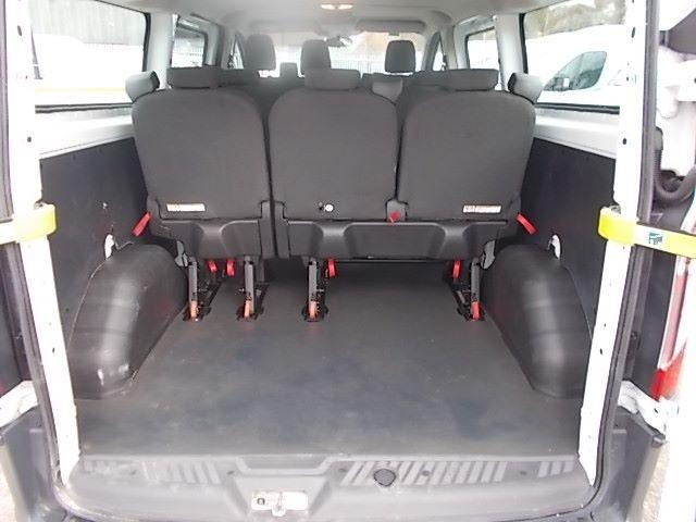 2017 Ford Transit Custom 2.0 Tdci 130Ps Low Roof Kombi Van (FP67JWZ) Image 17