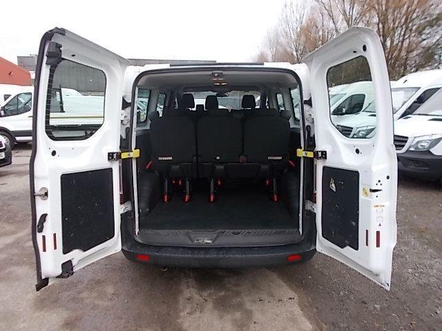 2017 Ford Transit Custom 2.0 Tdci 130Ps Low Roof Kombi Van (FP67JWZ) Image 16