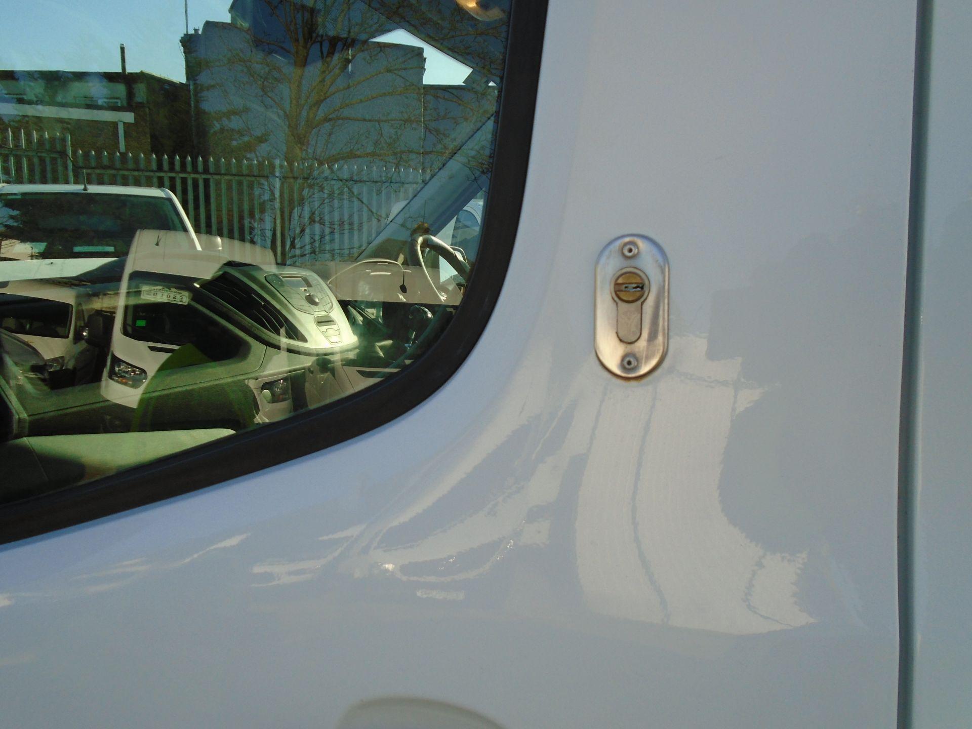 2017 Ford Transit 2.0 Tdci 130Ps H3 Van (FP67JZL) Image 5
