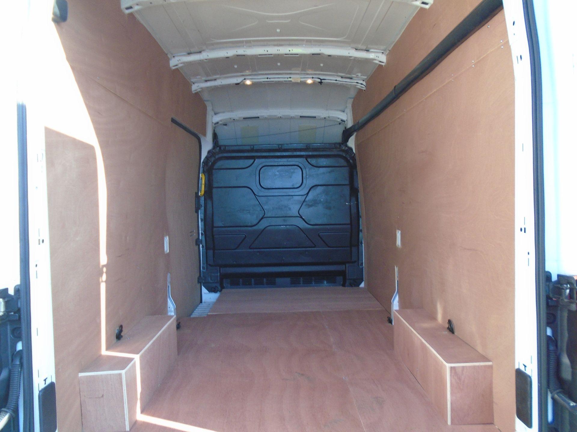 2017 Ford Transit 2.0 Tdci 130Ps H3 Van (FP67JZL) Image 14