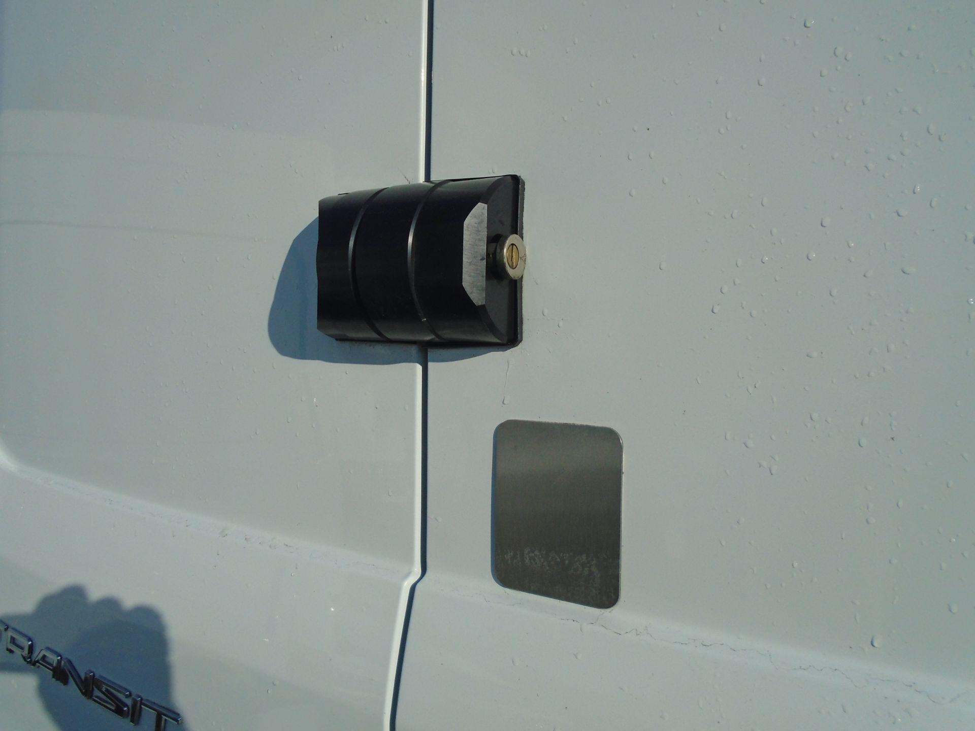 2017 Ford Transit 2.0 Tdci 130Ps H3 Van (FP67JZL) Image 15