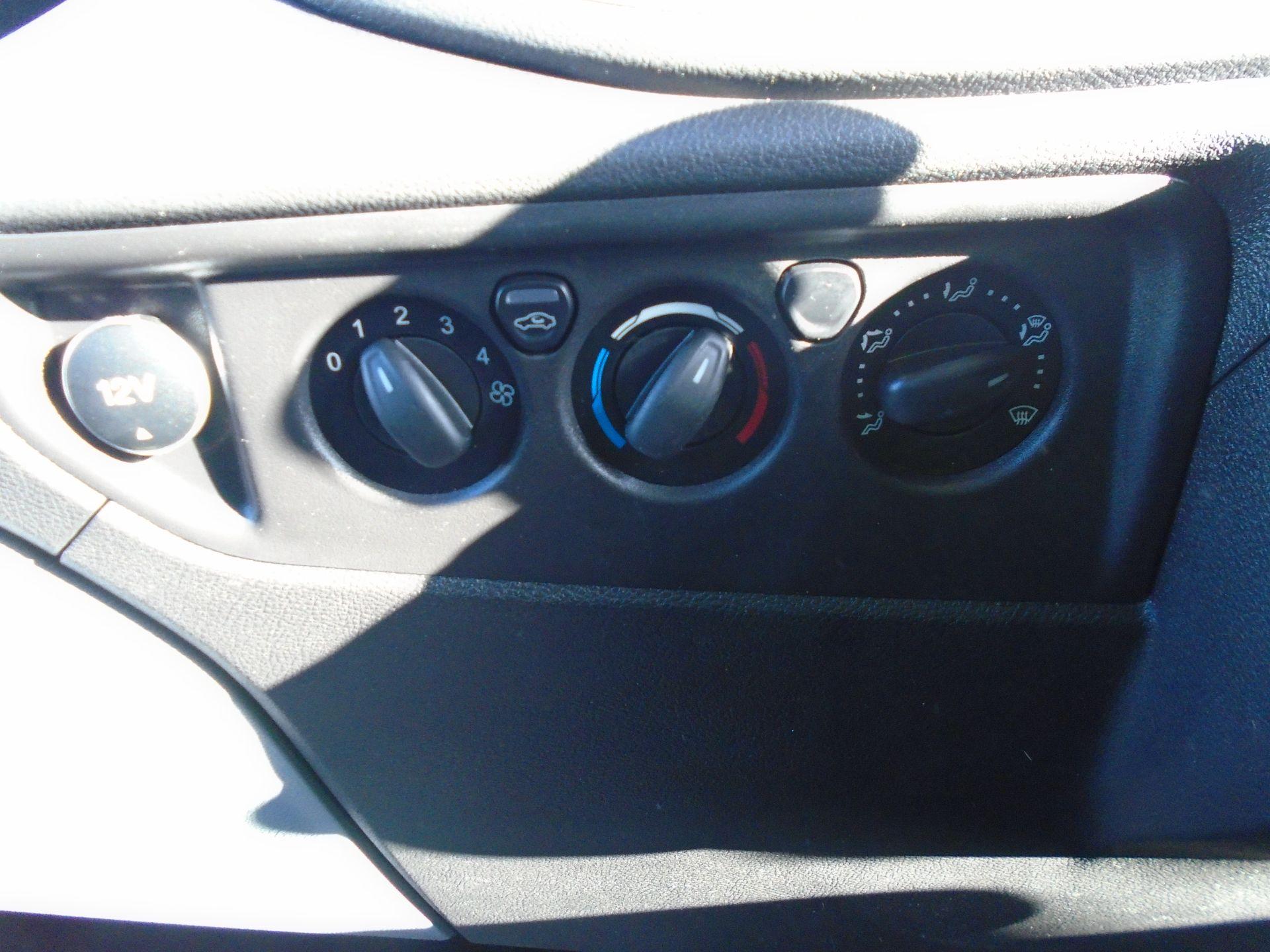 2017 Ford Transit 2.0 Tdci 130Ps H3 Van (FP67JZL) Image 27