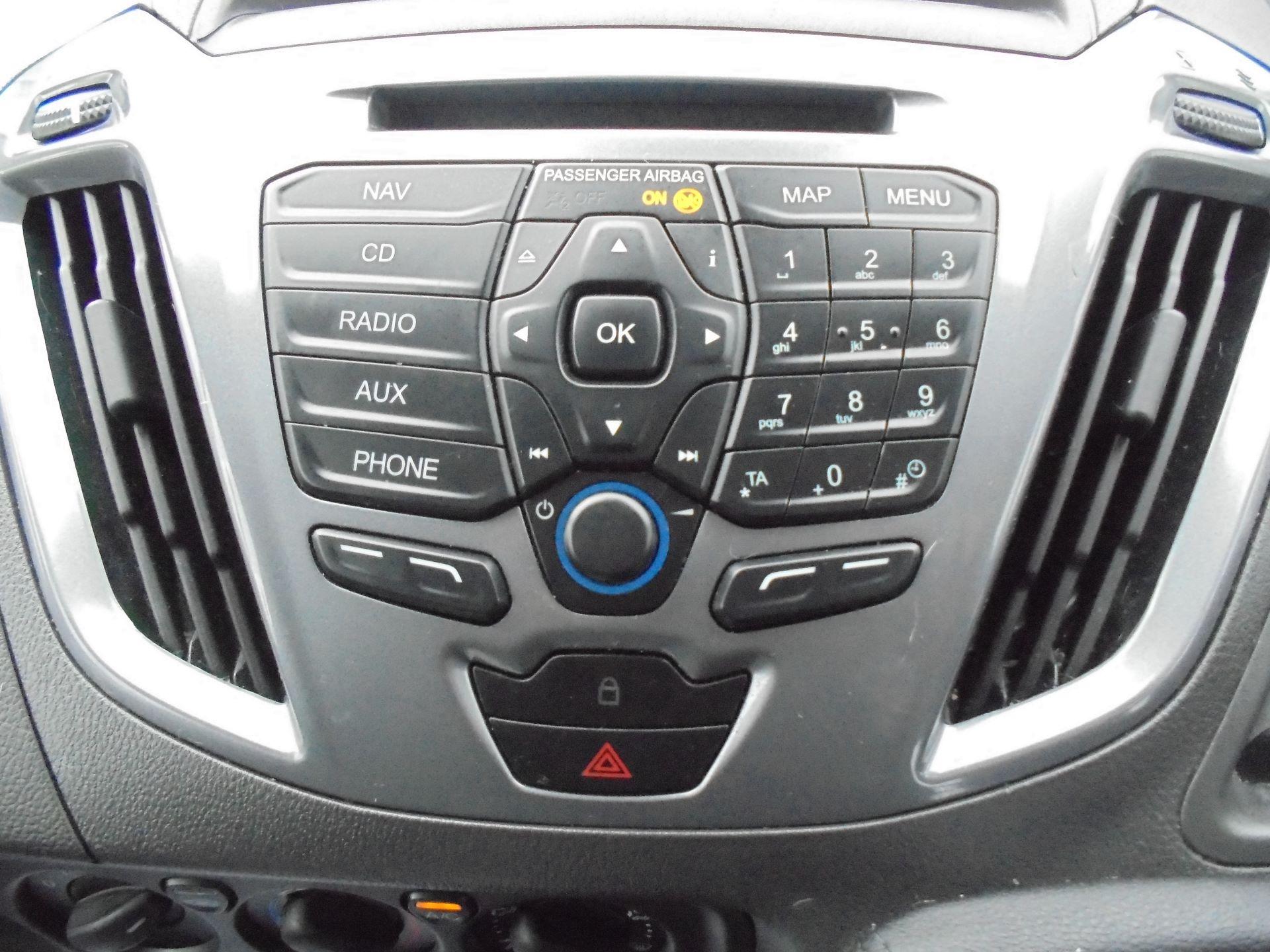 2017 Ford Transit Custom  290 L1 DIESEL FWD 2.0 TDCI 130 PS LOW ROOF LIMITED VAN EURO 6 (FP67KAU) Image 24