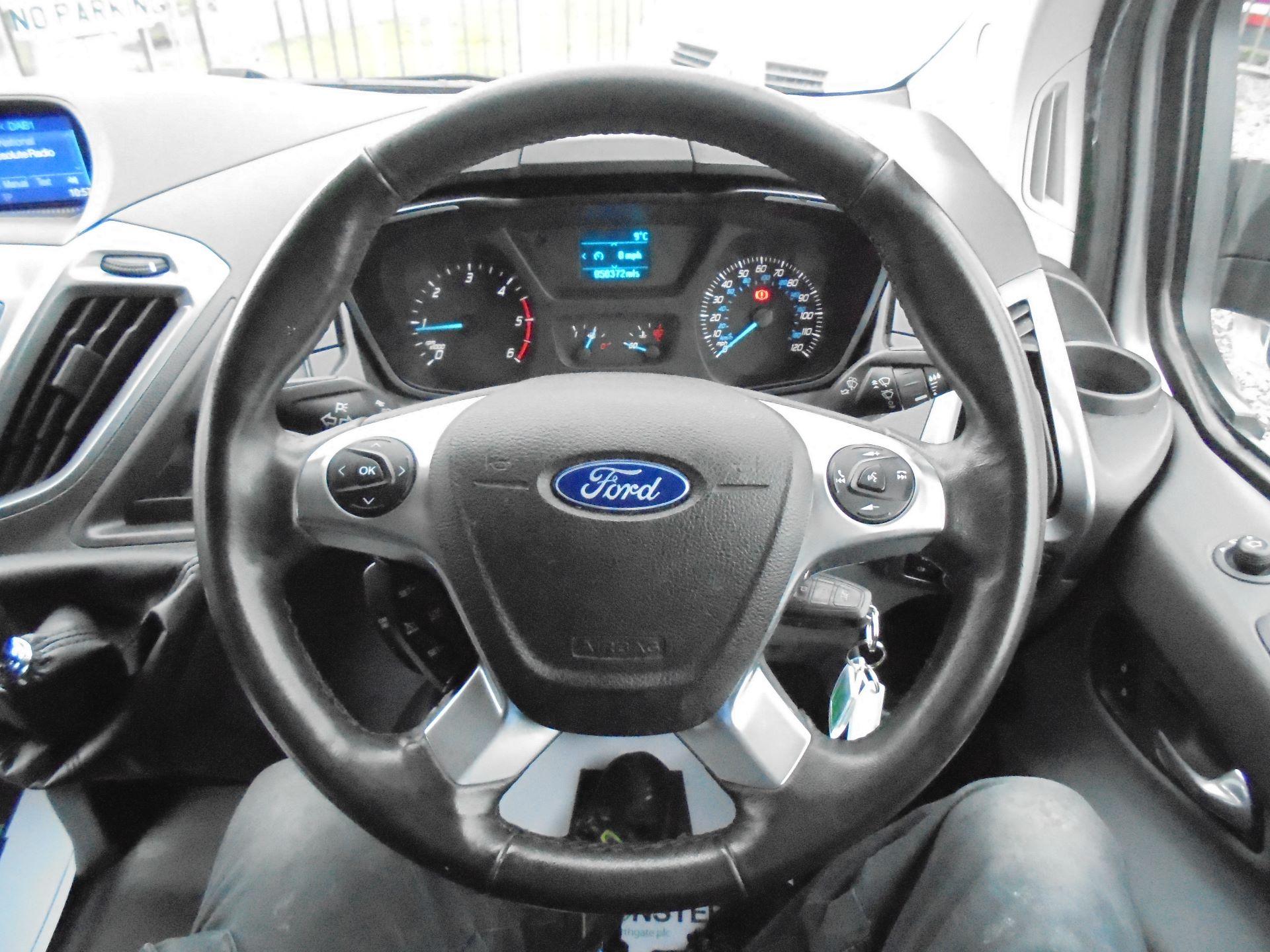 2017 Ford Transit Custom  290 L1 DIESEL FWD 2.0 TDCI 130 PS LOW ROOF LIMITED VAN EURO 6 (FP67KAU) Image 15