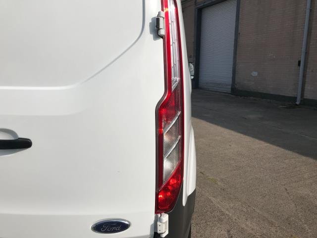 2017 Ford Transit Custom  290 L1 2.0TDCI 105PS LOW ROOF DOUBLE CAB EURO 6 (FP67KGE) Image 35