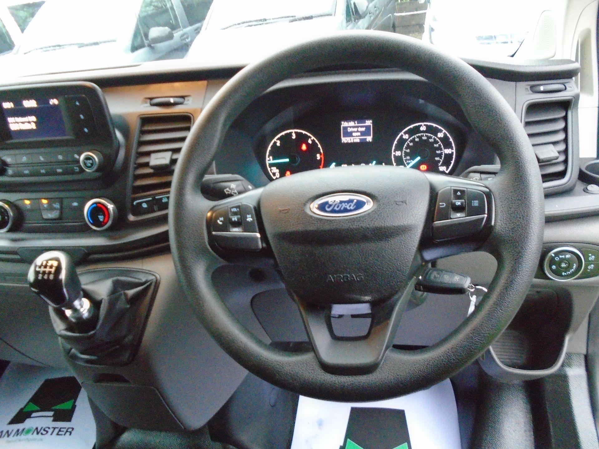 2019 Ford Transit Custom 2.0 Ecoblue 105Ps Low Roof Leader Van *EURO 6* (FP69FHN) Image 19