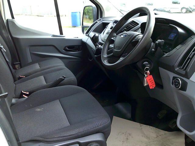 2017 Ford Transit 350 L3 2.0 Tdci 130Ps Double Cab Tipper  (FX67WOJ) Image 2