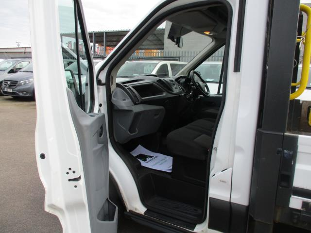 2017 Ford Transit 2.0 TDCI 125PS HEAVY DUTY DROPSIDE EURO 6 (FX67WUU) Image 10