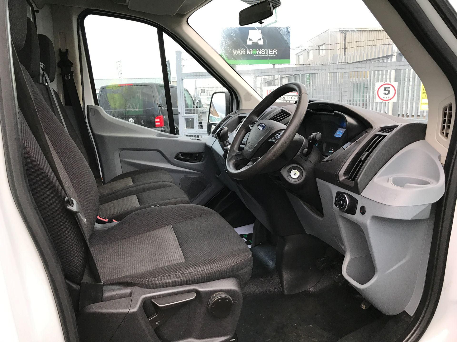 2017 Ford Transit T350 13FT DROPSIDE 130PS EURO 6 (FX67WWH) Image 2