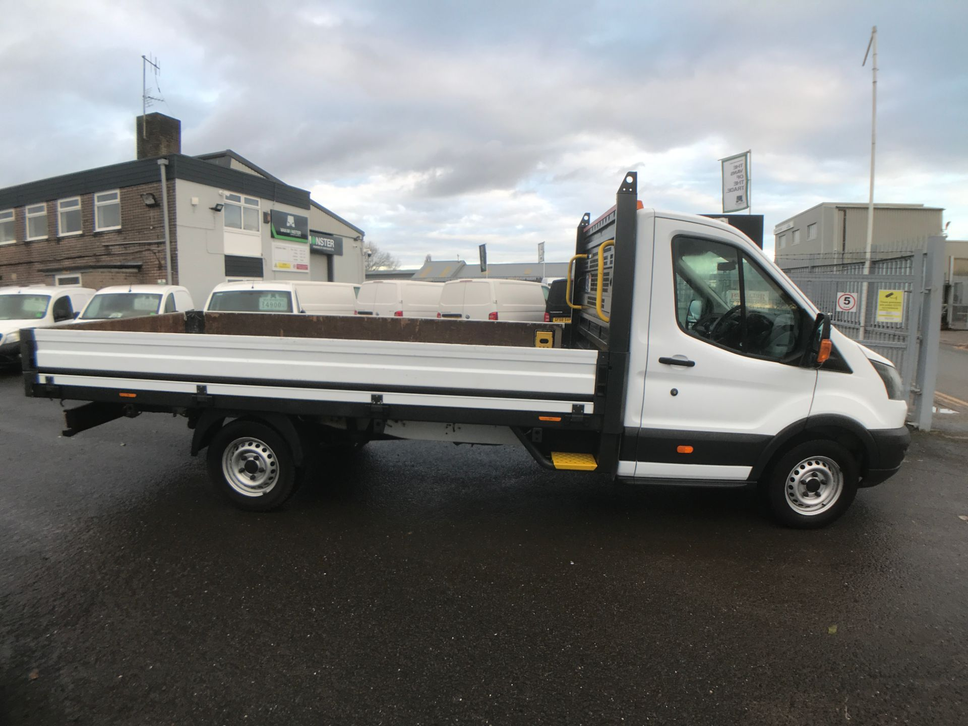 2017 Ford Transit T350 13FT DROPSIDE 130PS EURO 6 (FX67WWH) Image 7