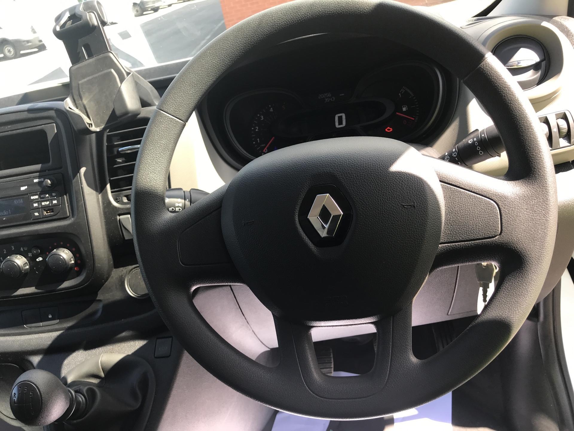 2017 Renault Trafic Sl27 Dci 120 Business+ Van EURO 5 (FY67OEL) Image 12