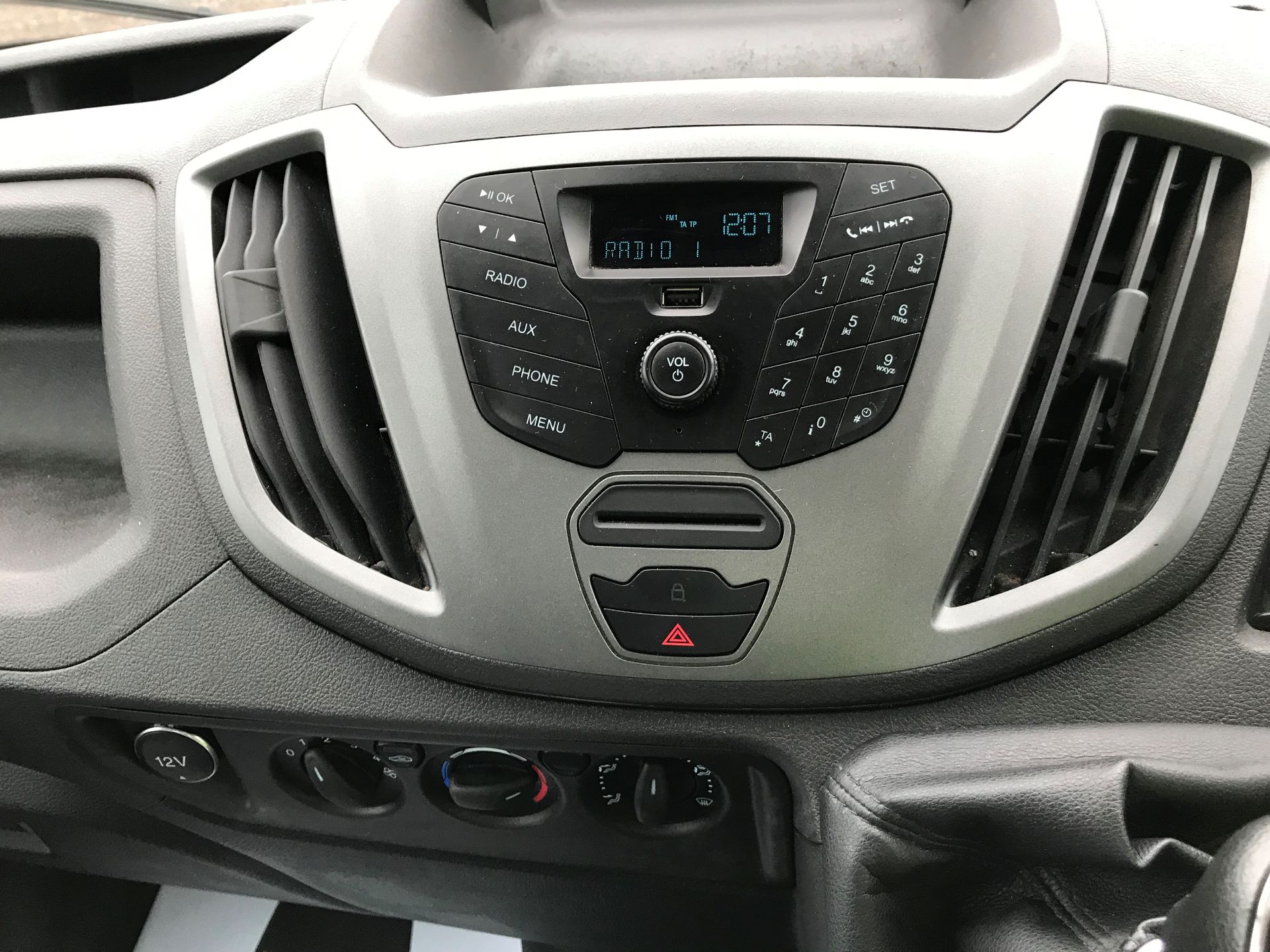 2017 Ford Transit 350 L4 DROP SIDE 130PS EURO 6 (FY67SGX) Image 18