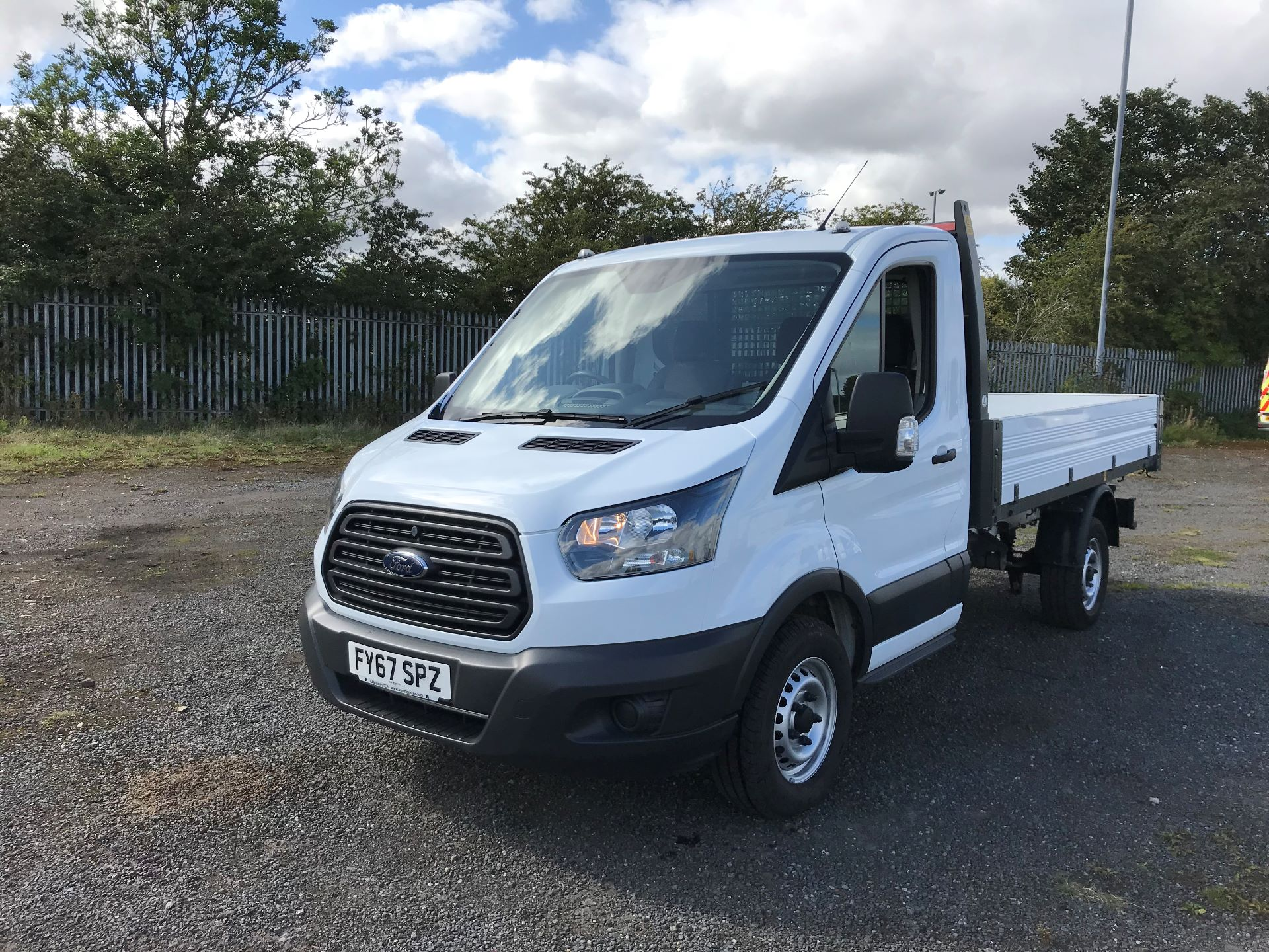 2018 Ford Transit 2.0 Tdci 130Ps Tipper (FY67SPZ) Thumbnail 3