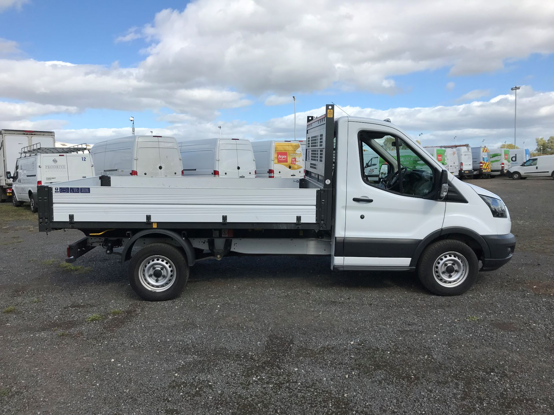 2018 Ford Transit 2.0 Tdci 130Ps Tipper (FY67SPZ) Thumbnail 8