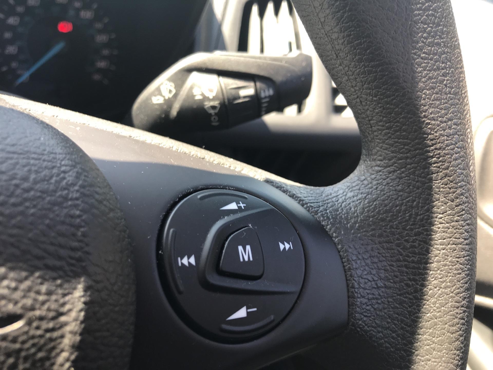 2017 Ford Transit Connect 200 L1 DIESEL 1.5 TDCI 75PS VAN EURO 6 (FY67SXF) Image 19