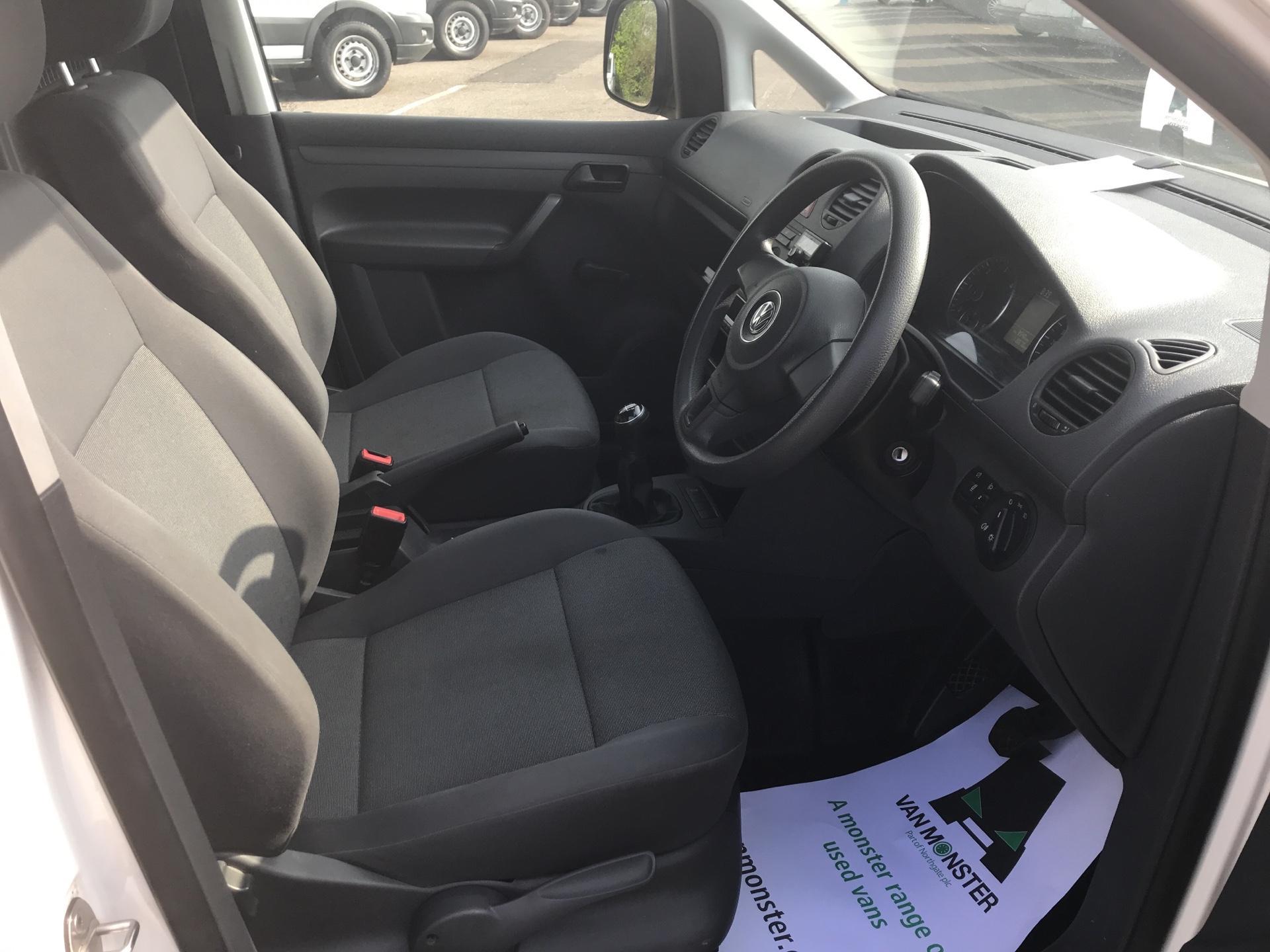 2015 Volkswagen Caddy 1.6 Tdi 102Ps Startline Van (GC15HVH) Image 9