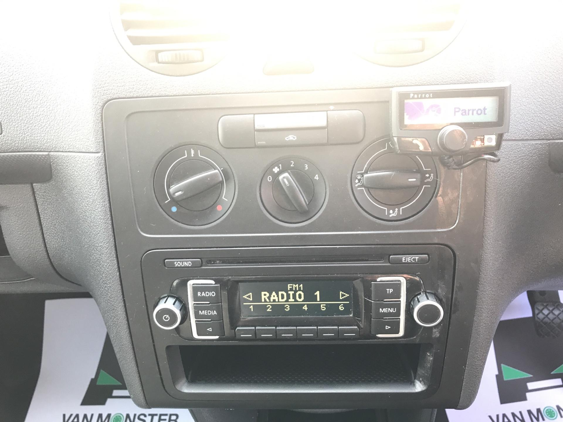 2015 Volkswagen Caddy 1.6 Tdi 102Ps Startline Van (GC15HVH) Image 10