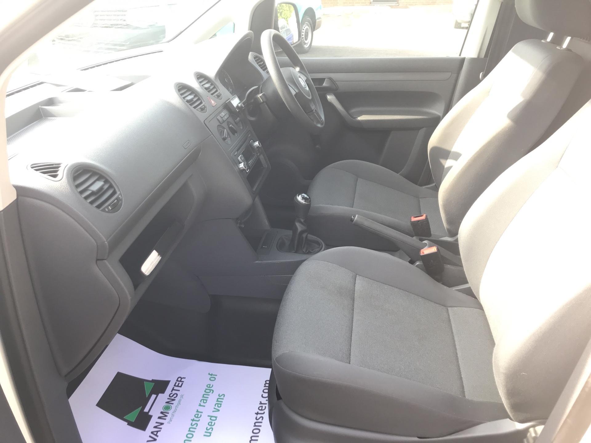 2015 Volkswagen Caddy 1.6 Tdi 102Ps Startline Van (GC15HVH) Image 14