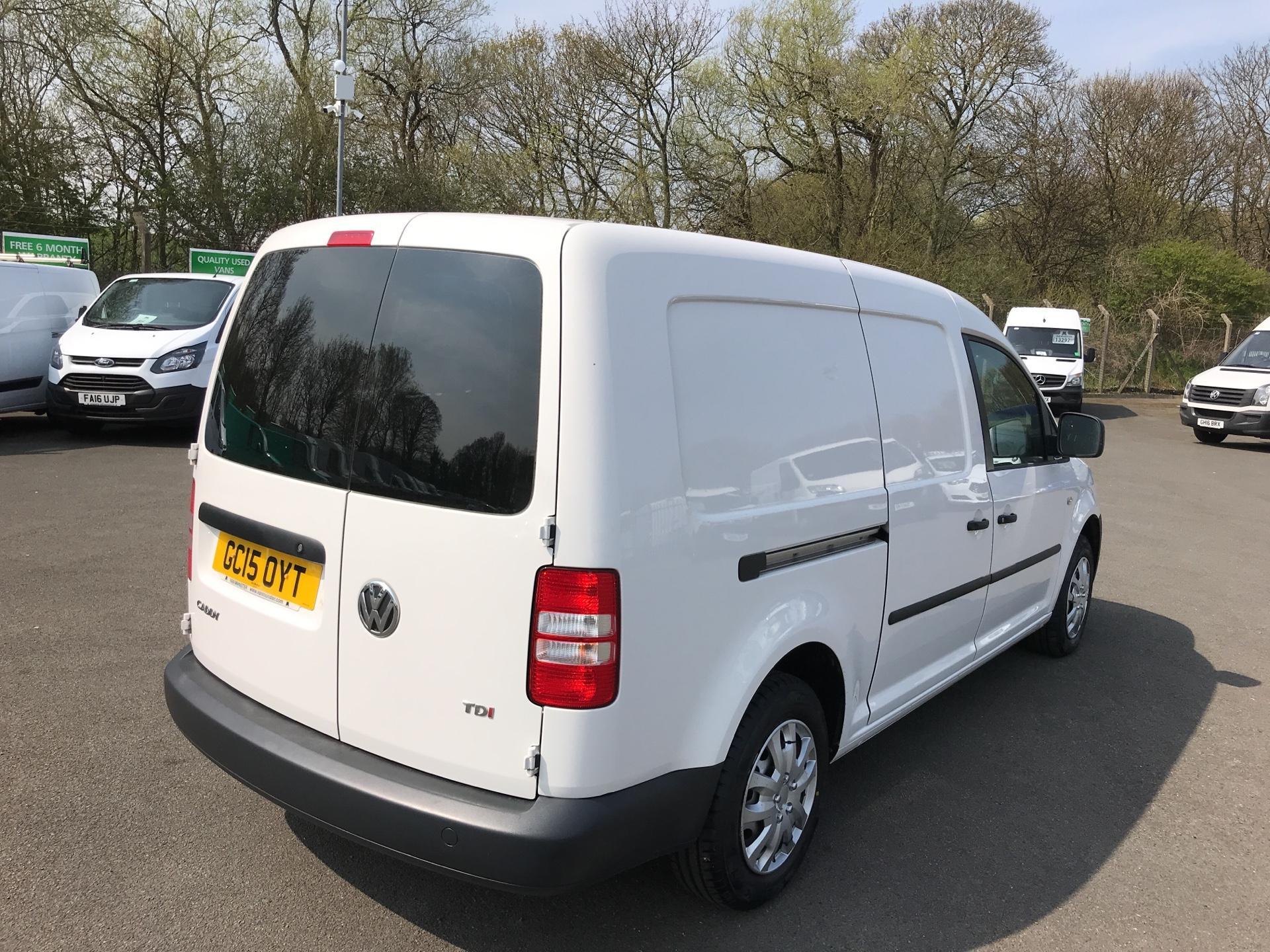 2015 Volkswagen Caddy Maxi  1.6 102PS STARTLINE EURO 5 (GC15OYT) Image 3