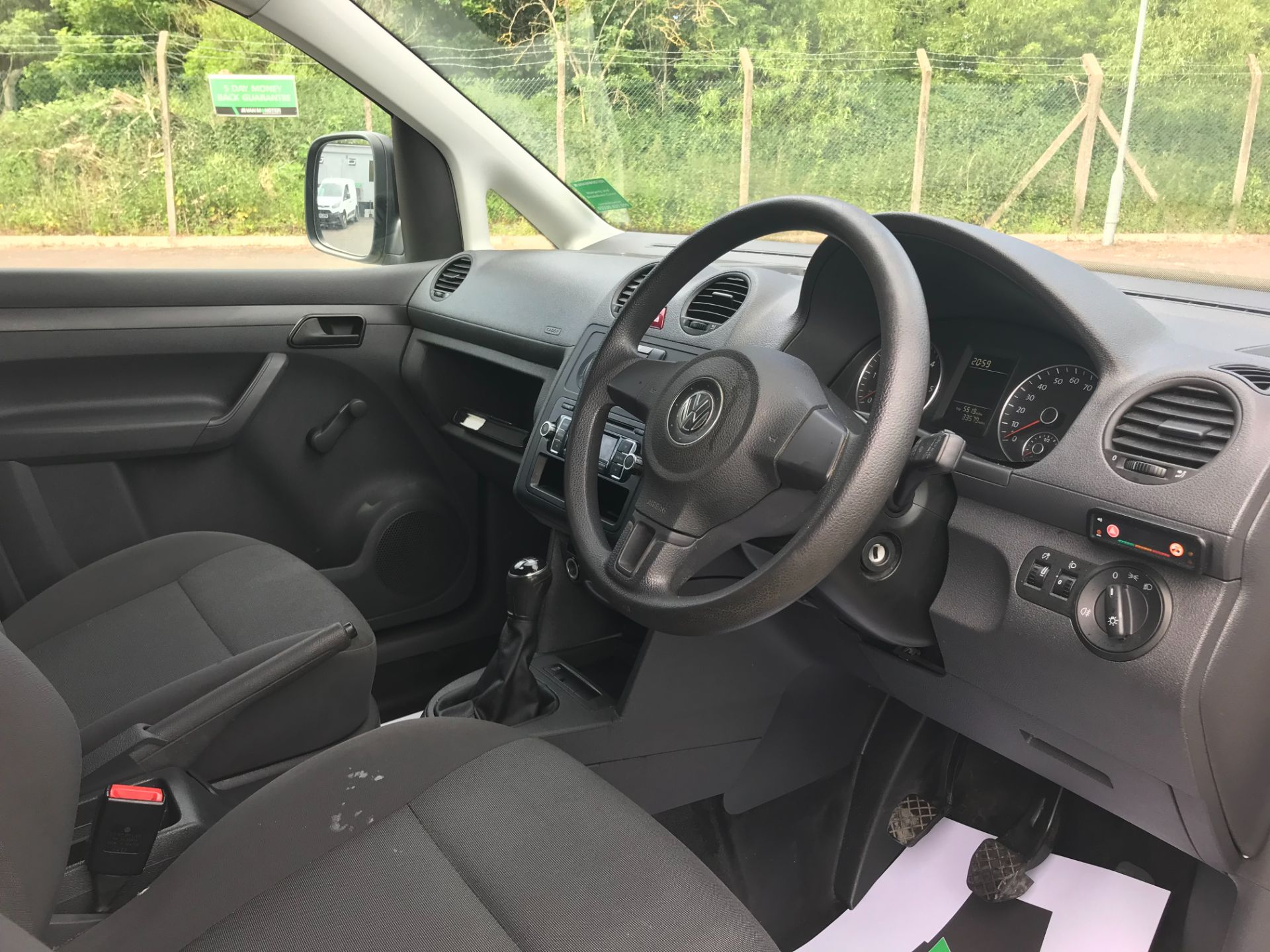 2015 Volkswagen Caddy  1.6 102PS STARTLINE EURO 5 (GC15VNZ) Image 17