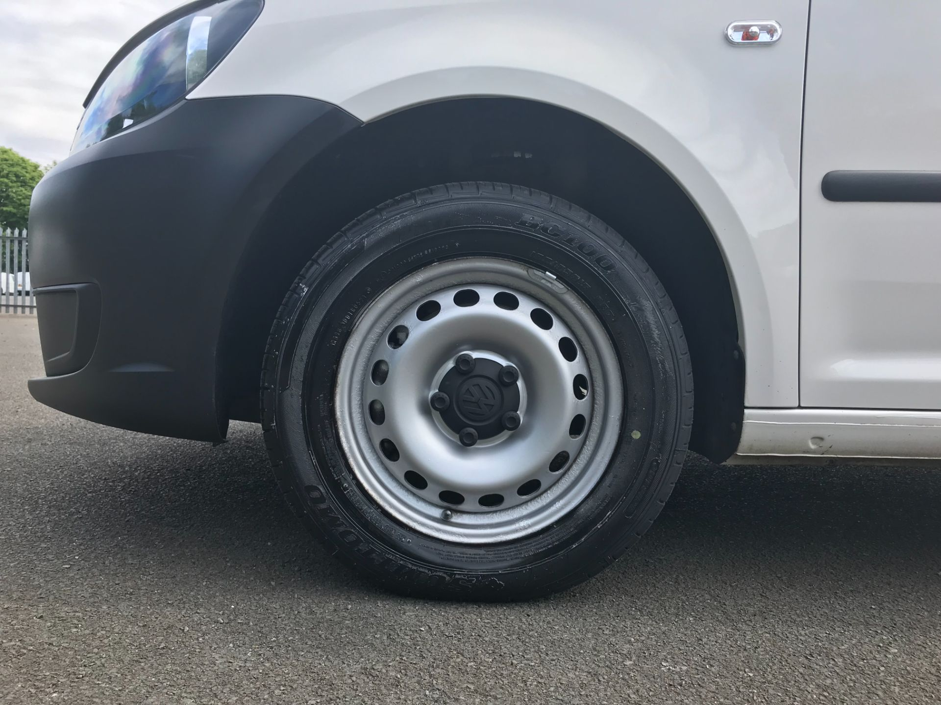 2015 Volkswagen Caddy  1.6 102PS STARTLINE EURO 5 (GC15VNZ) Image 13