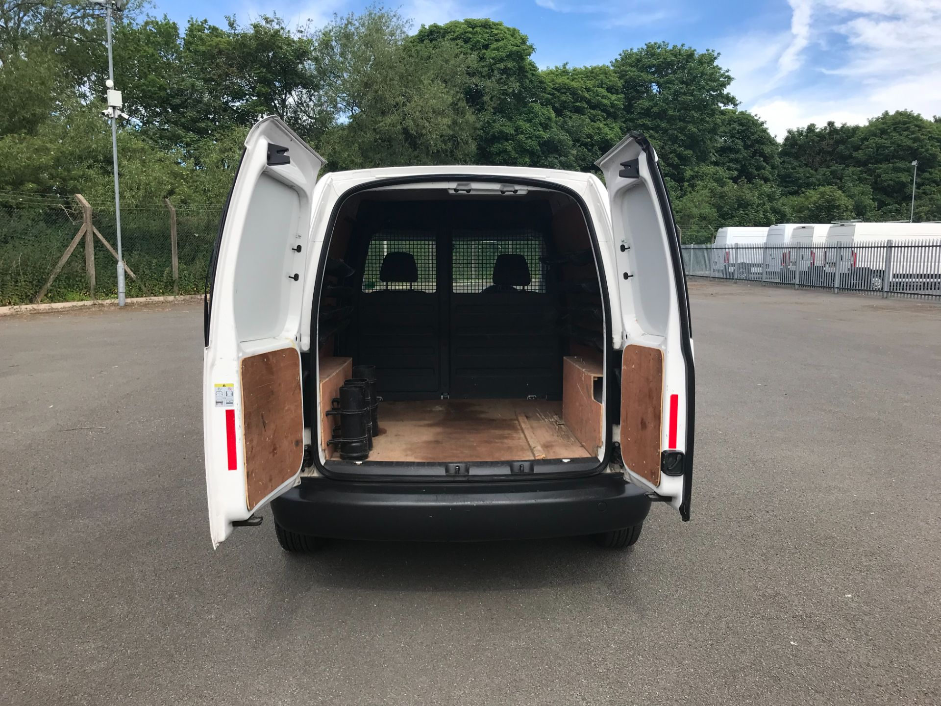 2015 Volkswagen Caddy  1.6 102PS STARTLINE EURO 5 (GC15VNZ) Image 8