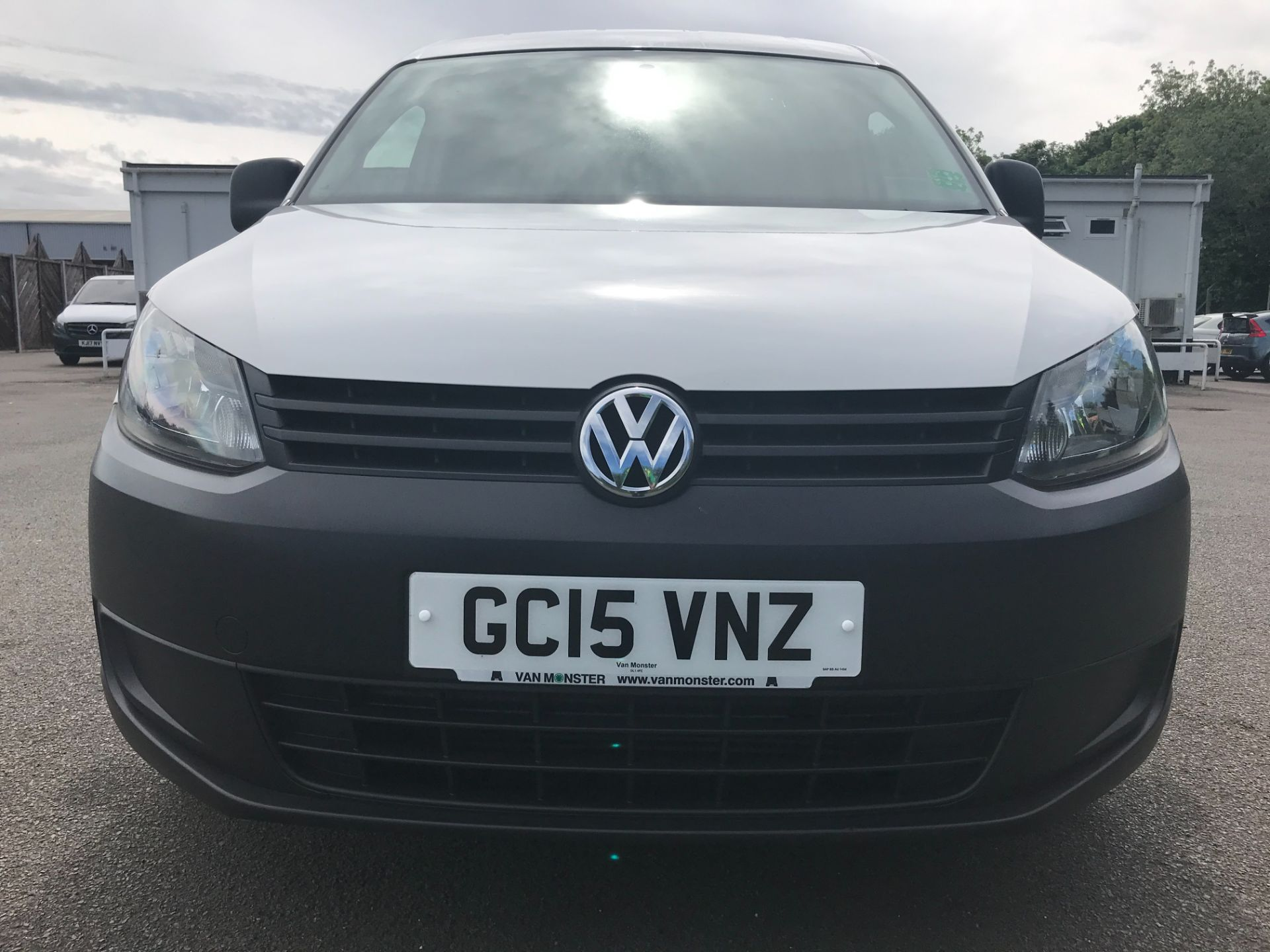 2015 Volkswagen Caddy  1.6 102PS STARTLINE EURO 5 (GC15VNZ) Image 11