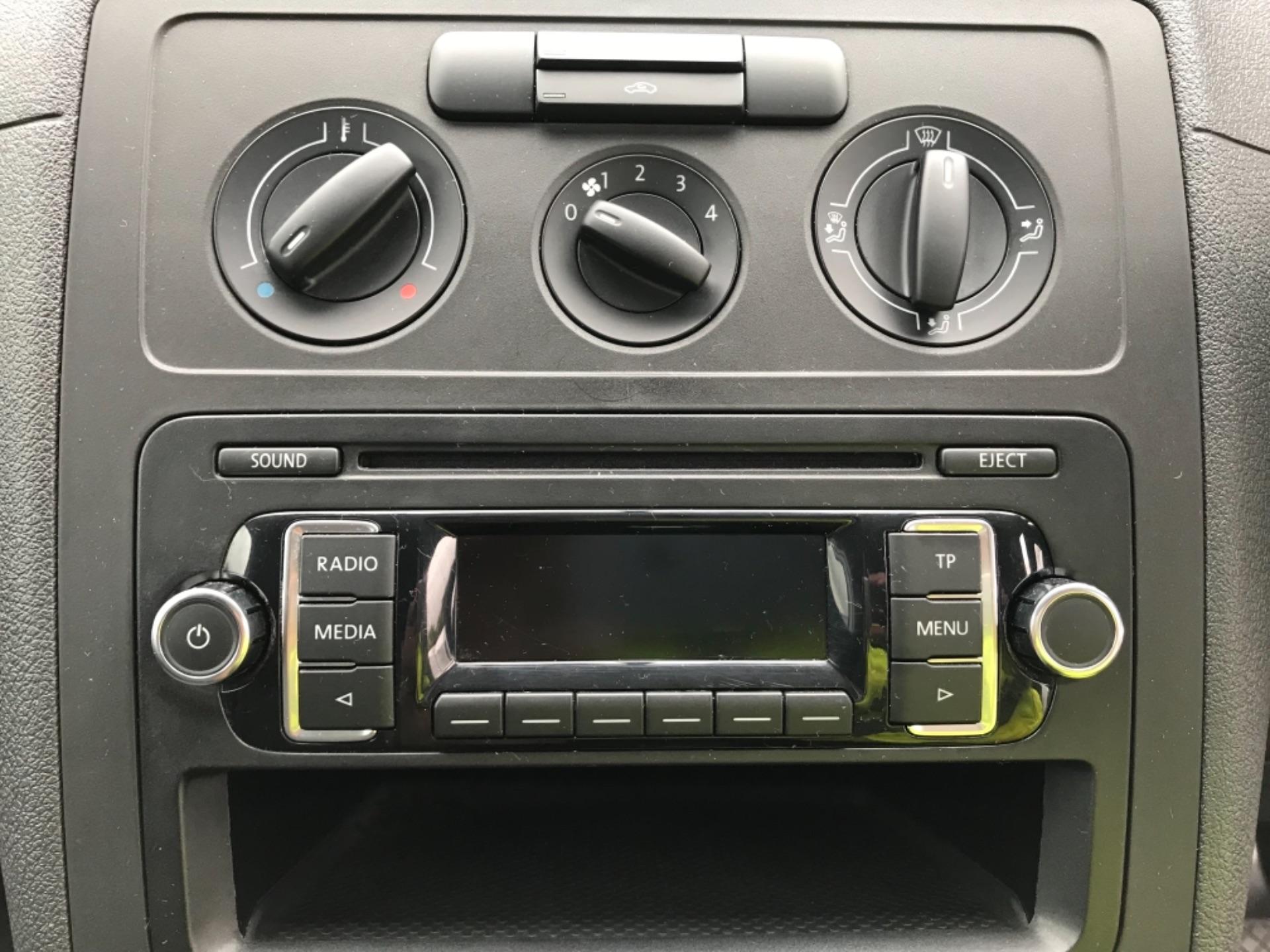 2015 Volkswagen Caddy  1.6 75PS STARTLINE EURO 5 (GC15VRD) Image 12