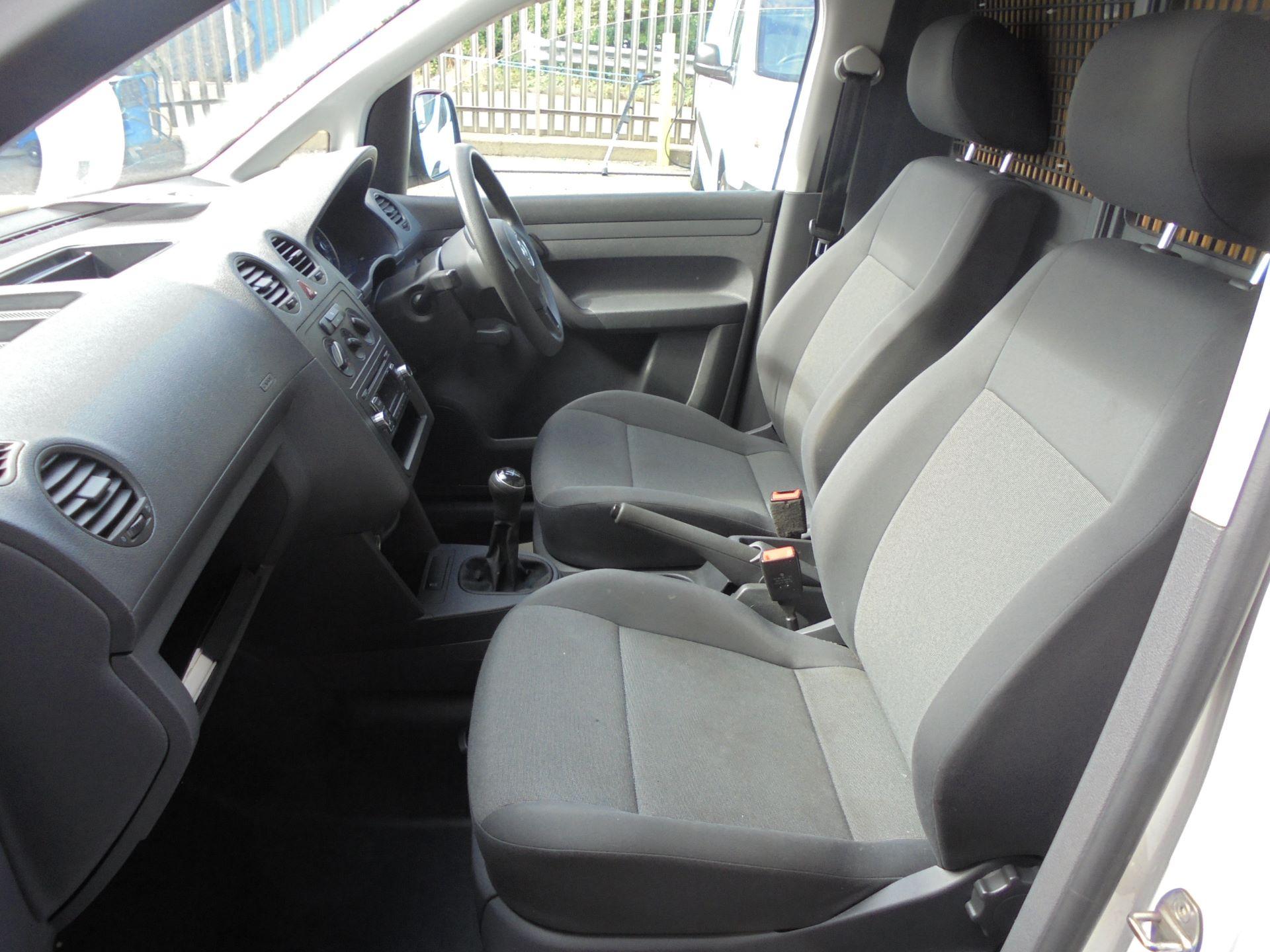 2015 Volkswagen Caddy  1.6 75PS STARTLINE EURO 5 (GC15VRT) Image 14