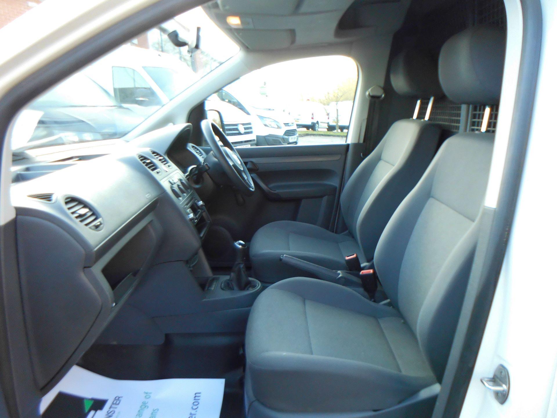 2015 Volkswagen Caddy 1.6 Tdi 75Ps Startline Van Euro 5 (GC15VSU) Image 16