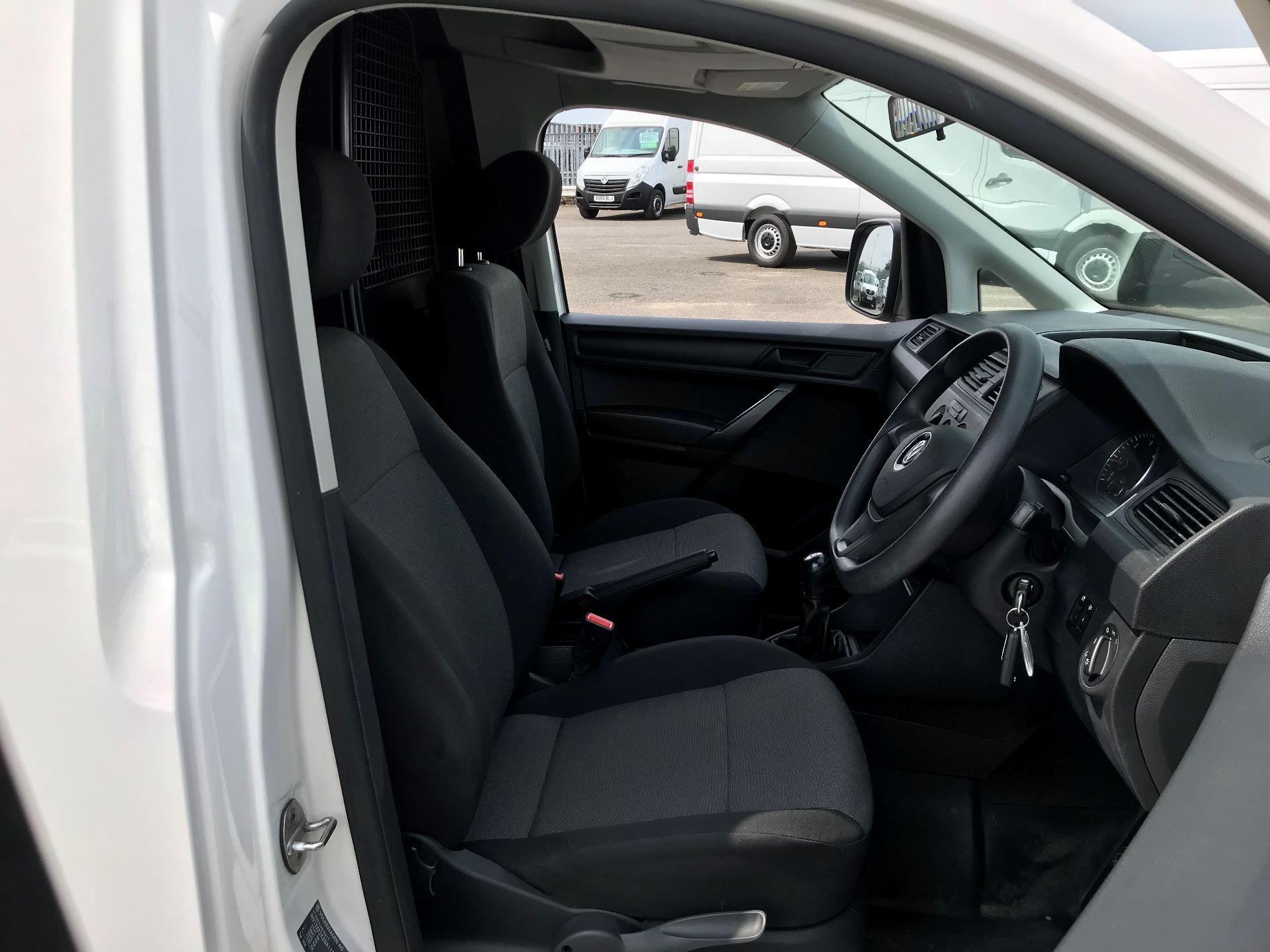 2016 Volkswagen Caddy  2.0 102PS BLUEMOTION TECH 102 STARTLINE EURO 6 (GC16EBO) Image 13