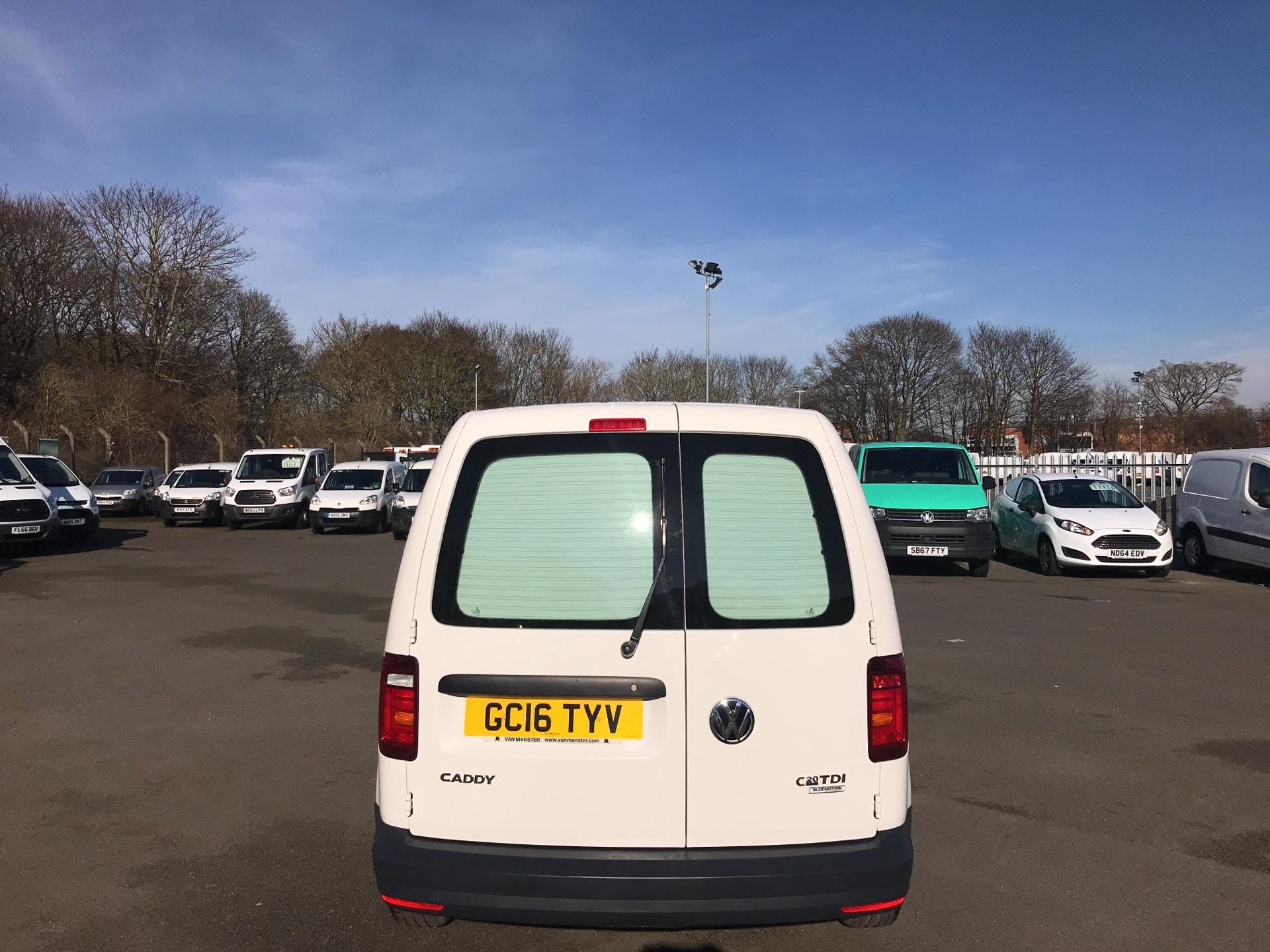 2016 Volkswagen Caddy  2.0 102PS BLUEMOTION TECH 102 STARTLINE EURO 6 (GC16TYV) Thumbnail 4