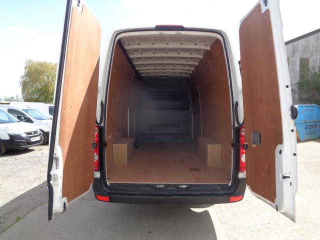 2016 Volkswagen Crafter CR35 LWB 2.0 136PS HIGH ROOF EURO 5 (GC16XSP) Image 12