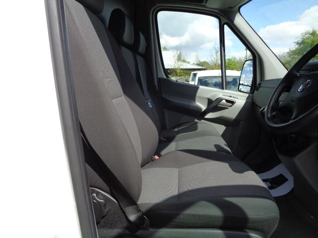 2016 Volkswagen Crafter CR35 LWB 2.0 136PS HIGH ROOF EURO 5 (GC16XSP) Image 18