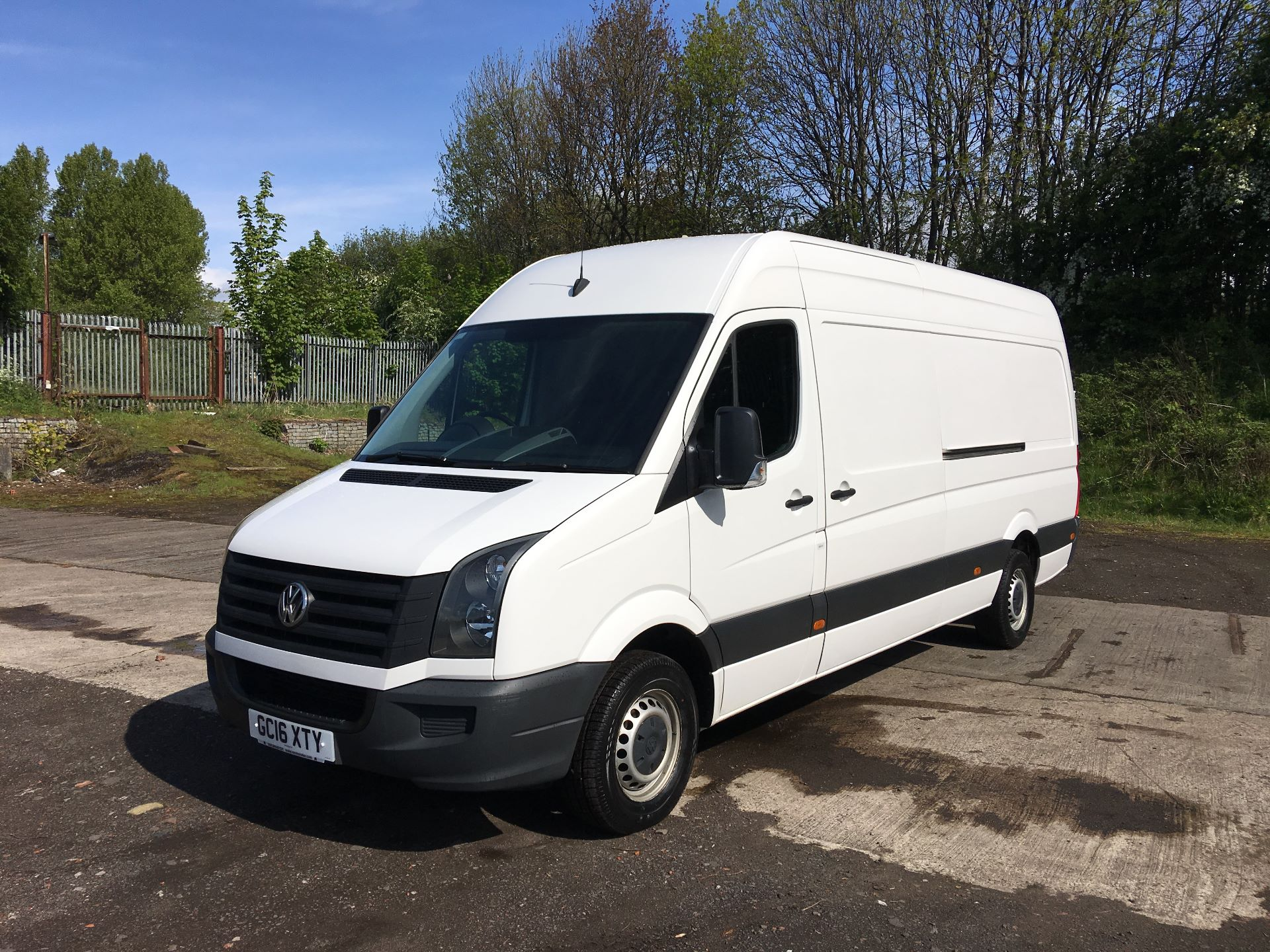 2016 Volkswagen Crafter CR35 LWB 2.0 TDI 136PS HIGH ROOF EURO 5 (GC16XTY) Image 14