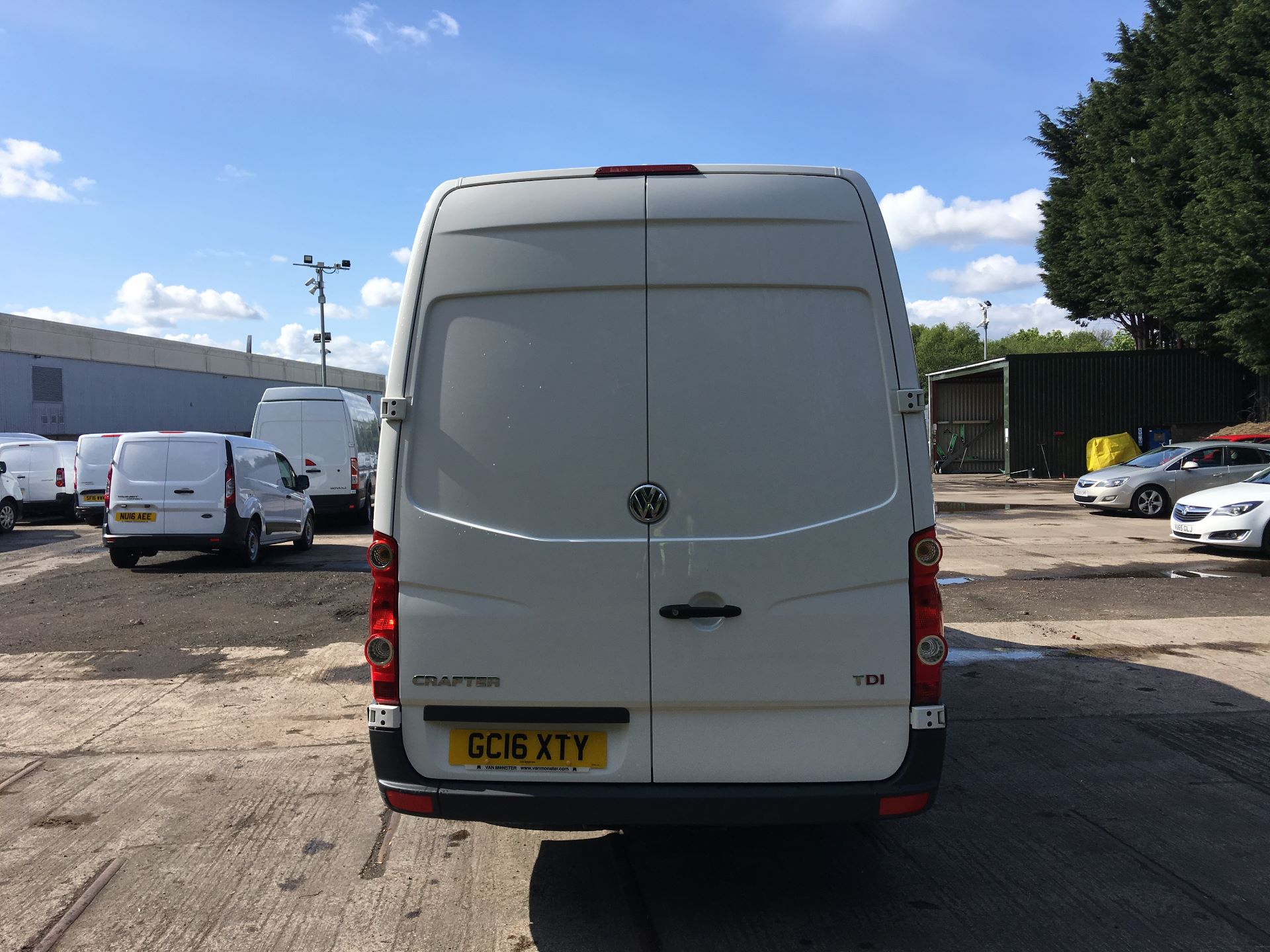 2016 Volkswagen Crafter CR35 LWB 2.0 TDI 136PS HIGH ROOF EURO 5 (GC16XTY) Image 10