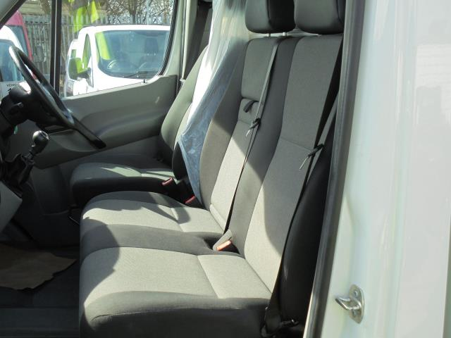 2016 Volkswagen Crafter CR35 2.0 Tdi 136Ps Single Cab LUTON WITH T/LIFT (GC16YWA) Image 25