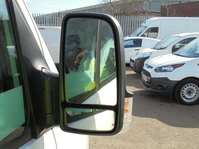 2016 Volkswagen Crafter CR35 2.0 Tdi 136Ps Single Cab LUTON WITH T/LIFT (GC16YWA) Image 12