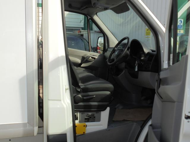 2016 Volkswagen Crafter CR35 2.0 Tdi 136Ps Single Cab LUTON WITH T/LIFT (GC16YWA) Image 18