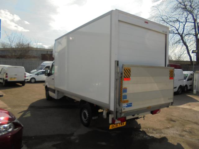 2016 Volkswagen Crafter CR35 2.0 Tdi 136Ps Single Cab LUTON WITH T/LIFT (GC16YWA) Image 5