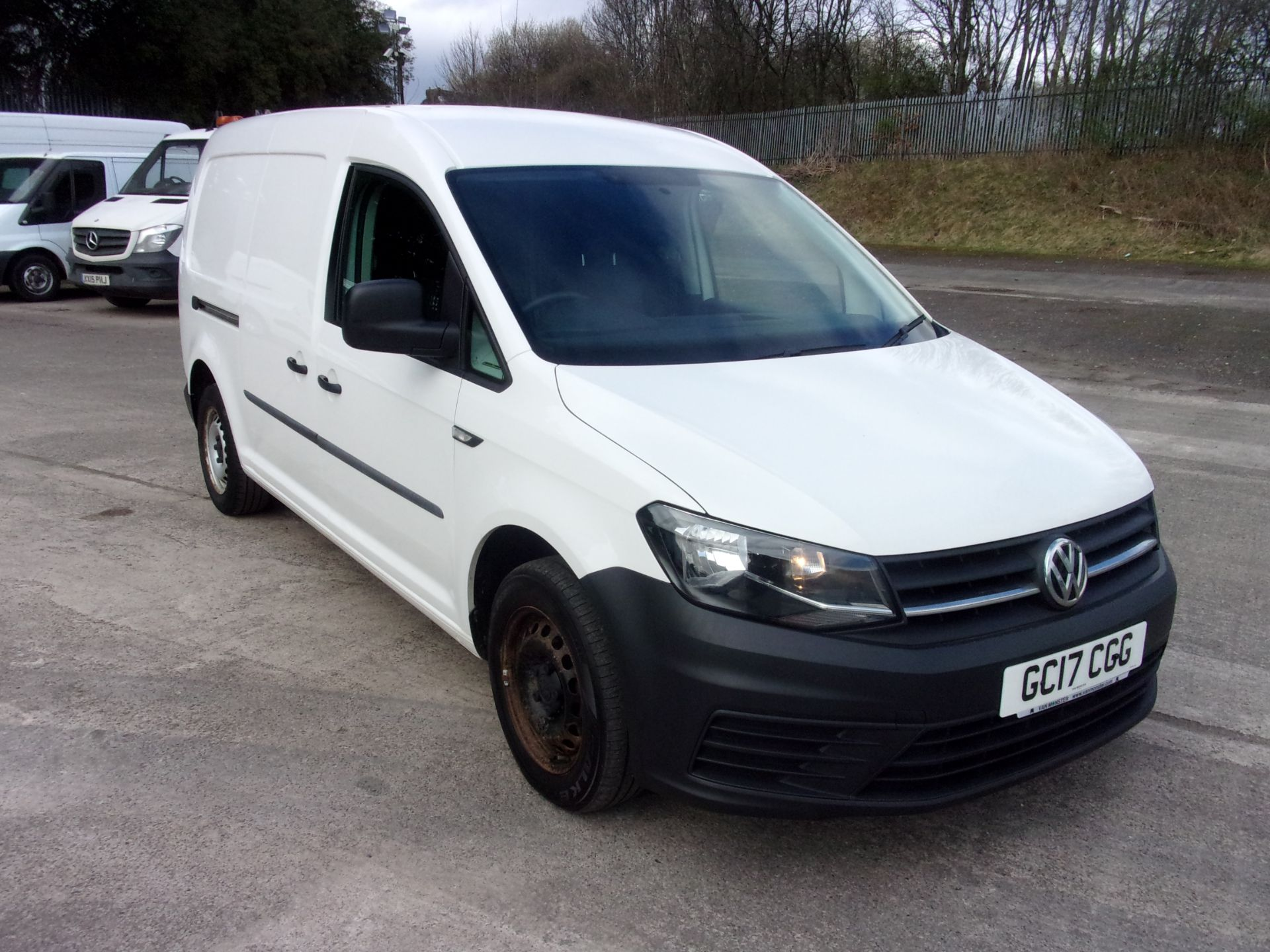 2017 Volkswagen Caddy Maxi 2.0 Tdi Bluemotion Tech 102Ps Startline Van (GC17CGG)