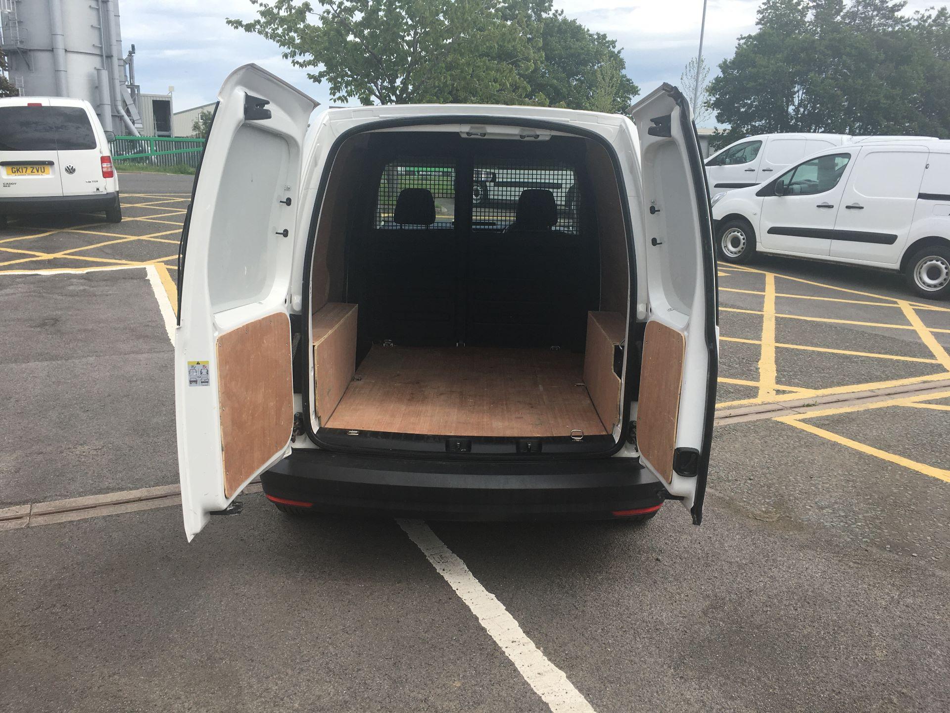 2017 Volkswagen Caddy 2.0 Tdi Bluemotion Tech 102Ps Startline Van (GC17SJV) Image 11